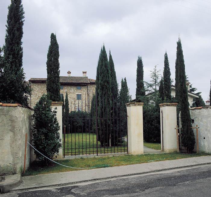 Arsmedia mario donizetti aquileia for Pilastri anteriori per la casa